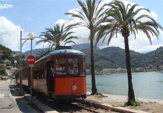 C'an-Pau-Villa-Biniaraix-Village-Soller-Tram